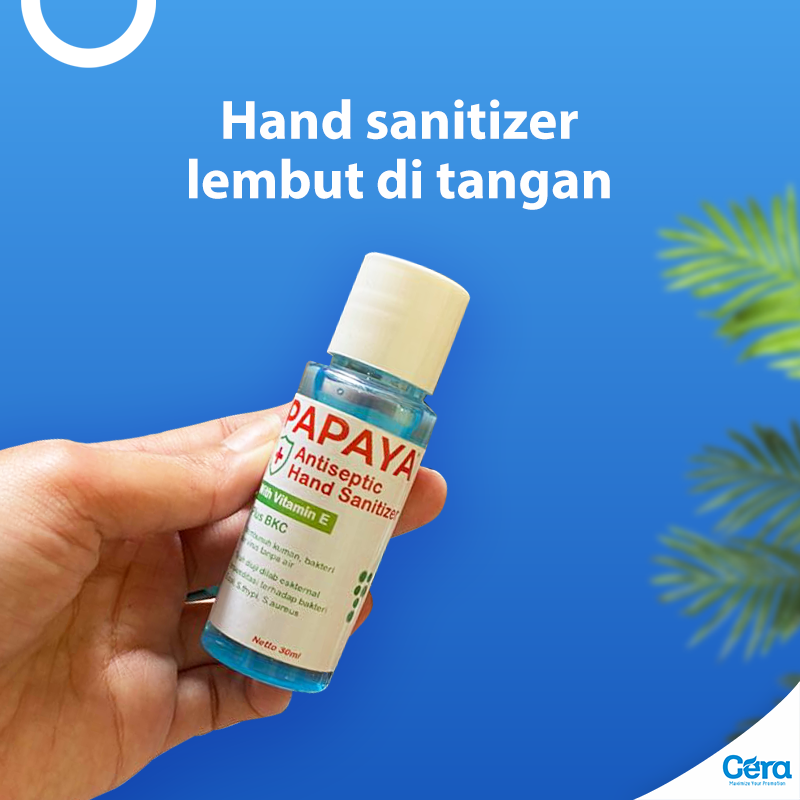Hand sanitizer lembut di tangan ready stock